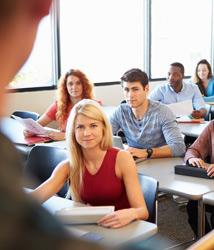 El 40% de los universitarios cuestiona la formación recibida en el instituto