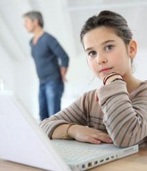 El ciberacoso tiene rostro de mujer adolescente
