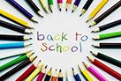 Gli studenti ai banchi di partenza: inizia la scuola!