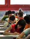 El ministro de Educación mantiene en un 5,5 la nota para optar a una beca universitaria